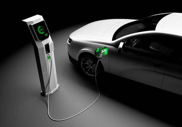 充电桩市场目前最大的挑战和机遇是什么?